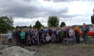 Hajdušičania sa v hojnom počte zúčastnili na pracovných akciách počas kopania a betónovania základov
