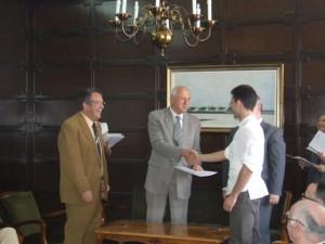 Podpísanie zmlúv o spolufinancovaní projektu Campus Europae vymámilo úsmevy na tvárach študentov a dekanov, ale aj pokrajinského tajomníka Dragoslava Petrovića (druhý zľava)