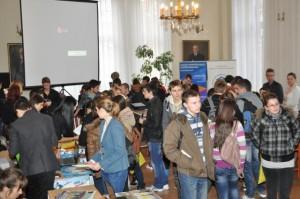 Budú na petrovskom gymnáziu 2 alebo 3 triedy so slovenským vyučovacím jazykom?