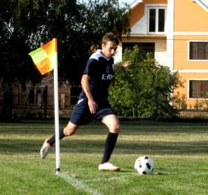 Stredopoliar a strelec druhého gólu: Bojan Petković (Slávia Kovačica)