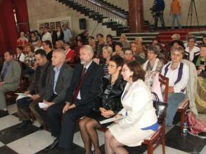 Účastníci oslavy Medzinárodného dňa dedinských žien vo vláde APV