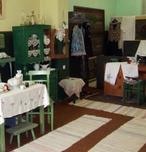 V Etno izbe KUS Jovana Popovića sú aj stopy slovenskej tradície