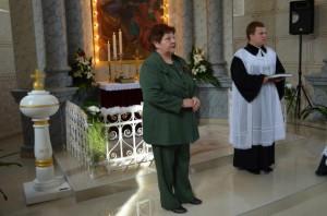 Gratulácie odovzdala aj Katarína Melegová-Melichová; na snímke s pánom farárom Jánom Vidom