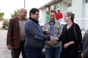 Predseda Đorđe Radinović kľúče od auta odovzdal Dr. Nade Predićovej
