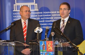 Predsedovia pokrajinského a Národného zhromaždenia István Pásztor a Nebojša Stefanović