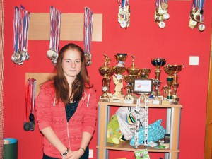 "Skromné dievča vlastní ""skromnú"" kolekciu trofejí"