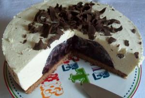 Novoročná višňovo-tvarohová torta