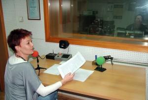 Riaditeľka Anna Chrťanová-Leskovac sa prihovorila poslucháčom v novoročnom programe (foto: Michal Ďurovka)