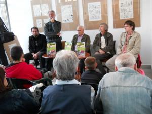 V Kultúrnom stredisku v Gornjom Milanovci na prezentácii albumu Detektiv Lakonogić, jún 2013 (foto: archív P. Djurić)