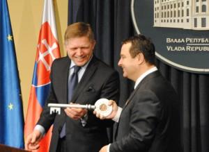 Symbolický kľúč od EÚ  (foto: O. Filip)