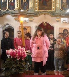 Irina Krížanová recituje báseň o Svätom Sávovi (foto: A. Legíňová)