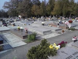 Cintoríny ako nemí svedkovia... (foto: J. Čiep)