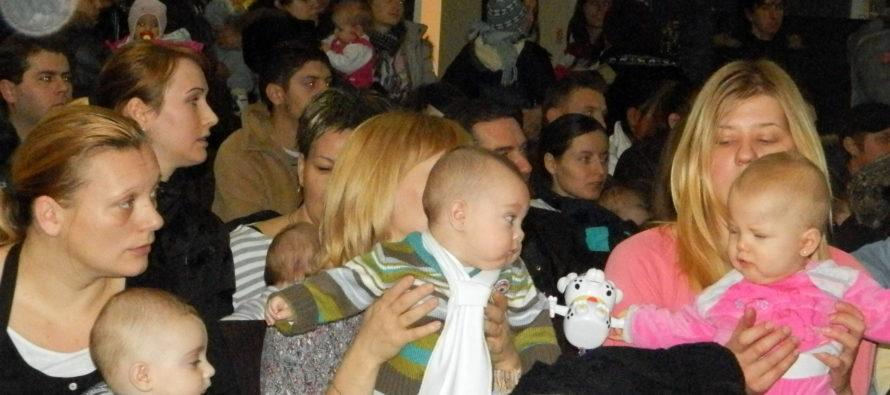 Peňažné darčeky pre novorodeniatka v Kovačickej obci