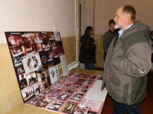 V aule SND bola inštalovaná dokumentárna výstava Z dejín slovenského divadelníctva na Dolnej zemi