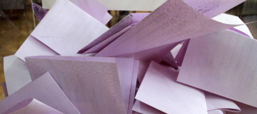 SRBSKO: Občania dnes volia nové zloženie národného zhromaždenia