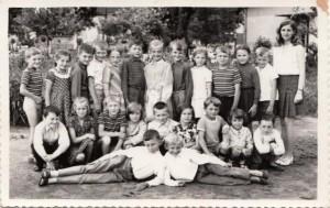 Anna Urbanová – kedysi s jánošíckymi žiakmi narodenými v roku 1964...