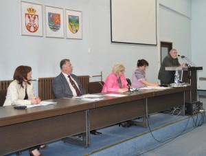 Problém petrovského gymnázia so žiakmi načal jeho niekdajší profesor Samuel Boldocký