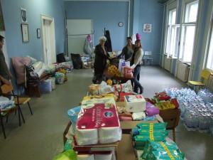 Zbierka pomoci pre zaplavenú obec Krupanj (Foto: J. Čiep)