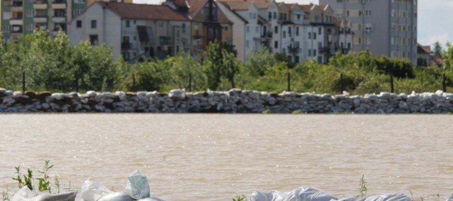 Záplavy a ŠABAC: Fotografie zo dňa 17. mája 2014