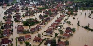 Zaplavený Obrenovac (foto: www.rtv.rs)