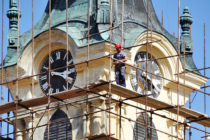 Oprava petrovskej kostolnej veže