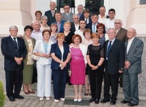 Bývalí maturanti Slovenského gymnázia (foto: J. Diňa)