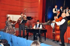 Nielen cimbal prispieva klahodnému zvuku detvanovcov zVojlovice