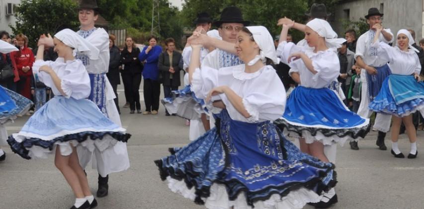 44. Folklórny festival Tancuj, tancuj…