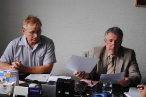 Riaditeľ NVU Hlas ľudu Samuel žiak a predseda Správnej rady Pavel Zima