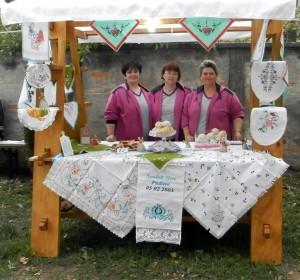 Súsmevom na každej usporiadanej výstave – členky Spolku žien v Padine na tohtoročnom podujatí Guča v Kovačici