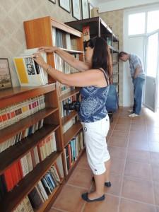 Kovačica: Predsedníčka Rady pre tradičnú kultúru SZSZ vPamätnom dome Martina Jonáša v Kovačici