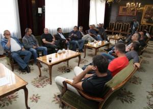 Záber z piatkového stretnutia