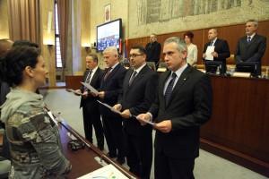 Novozvolení pokrajinskí tajomníci a podpredseda vlády (foto: vojvodina.gov.rs)