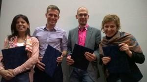 Anna Funtíková (prvá sprava) a ďalší traja ocenení mojo novinári (foto: www.circom-regional.eu)
