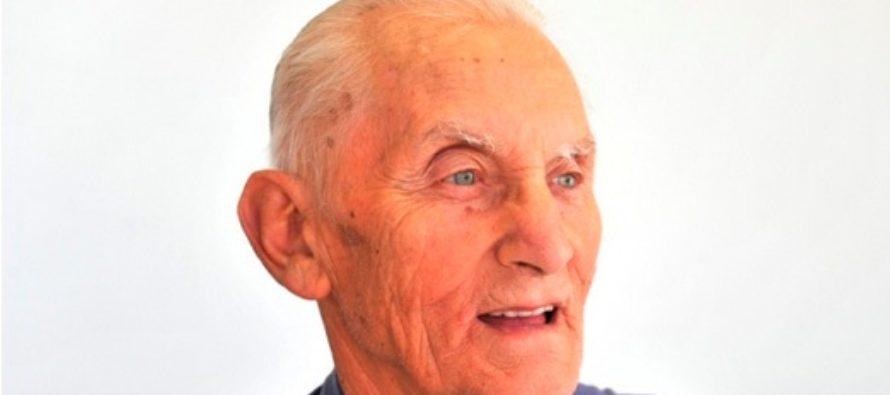 Medaila Radu Austrálie v rukách Jána Belaniho