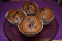 Rýchle višňovo-čokoládové muffiny
