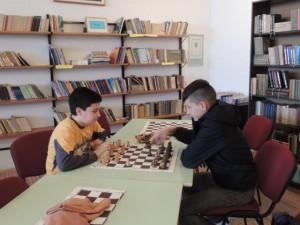 Múdrosť má dve tváre – šach aj knihy
