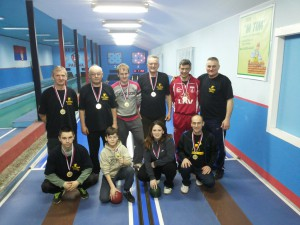 Zlaté medaily získalo mužstvo kolkárov Metal-Padina (Foto: P. Beška)
