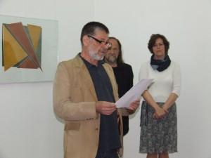 Pavel Čáni hovorí o najnovšej tvorbe Daniely Triaškovej (foto: V. Dorčová-Valtnerová)
