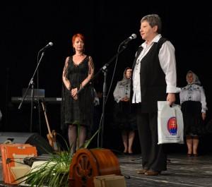 Katarína Melegová-Melichová počas príhovoru s riaditeľkou KIS Kysáč a zodpovednou redaktorkou Annou Chrťanovou-Leskovac