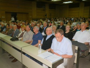 Hostia a hostitelia slávnostnej akadémie v Starej Pazove (foto: A. Lešťanová)