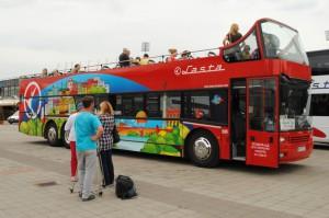 Novinka v službách návštevníkov: vyhliadkový autobus
