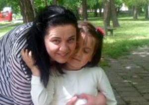 Elenka Tomášová, domáca z Kovačice, s dcérou Hankou