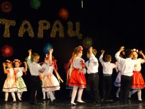 Roztancovaní pazovskí škôlkari zo slovenskej skupiny detí  (foto: A. Lešťanová)