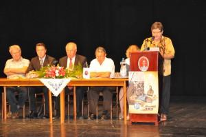 Pracovné predsedníctvo apríhovor predsedníčky MSS (Foto: J. Čiep)