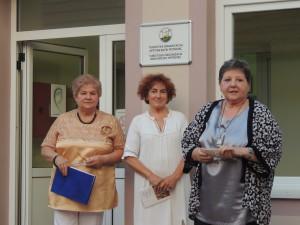 Na vernisáži sa slova ujali zľava Mária Ivičiaková, Anna Hansmanová a Katarína Melegová-Melichová (Foto: M. Necpálová)