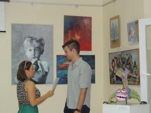V priestoroch Turistickej organizácie vystavujú aj mladí taletovaní autori (Foto: M. Necpálová)
