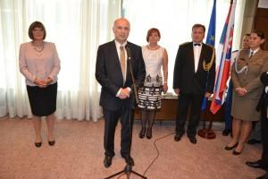 Z jednej z recepcií, prebiehajúcej v miestnostiach slovenského zastupiteľského úradu v Novom Belehrade
