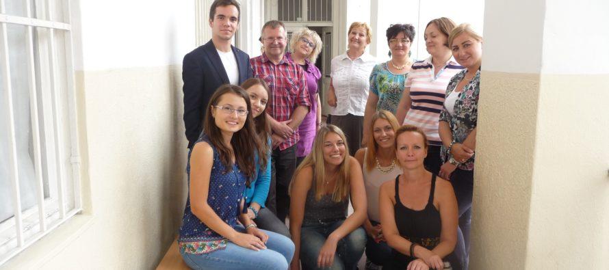 LETNÁ ŠKOLA ŽURNALISTIKY: Krajanských novinárov učí Štúr