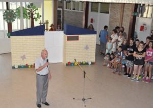 Príhovor riaditeľa školy pred krátkym programom